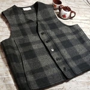 Filsons virgin wool gray plaid jacket